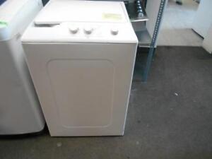 Mini laveuse portative Whirlpool sur roués # 1101195