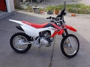 2015 Honda CRF125f trail bike Woodford Blue Mountains Preview
