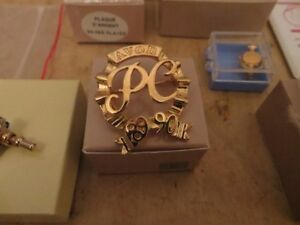 Vintage Avon Presidents Club Collectible London Ontario image 3