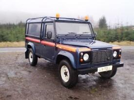 Land Rover Defender 110 Hard Top TD5 - Full External Roll Cage