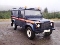 Land Rover Defender 110 Hard Top TD5 - Full External Roll Cage