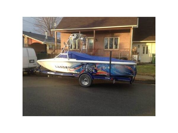 Used 2002 Moomba outback LS 21 pied