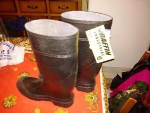 Baffin Industrial CSA rubber boots, size 13, NEW $80