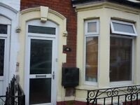 £350 PCM All Bills INC A Large Room To Let On Llanbradach Street, Grangetown Cardiff, CF11 7AD.