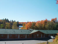 beautiful Motel, Café, Cottage/House and 16+ acres