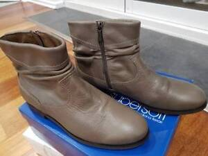 Leather Boots North Haven Port Adelaide Area Preview