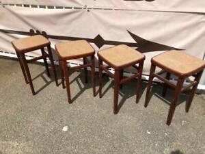 Vintage stools x 4 oak frame with vinyl cover top.   Pub stools F