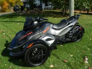 Can Am Spyder RSS SM5 2011