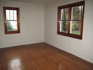 Large 2 Bedroom Apartment Chatham