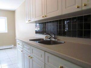 North End 2 bedroom- Avail Mar - 567 Ontario