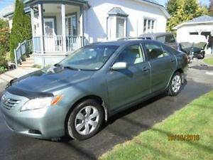 2007 Toyota Camry  4 portes 4 cylindres