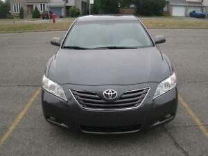 2009 TOYOTA CAMRY XLE - V6 LEATHER FULLY LOADED ONE TAX SAVE $$$