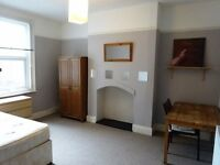 Double + Single, friendly Prof. Houseshare: incl. C/Tax & cleaning services