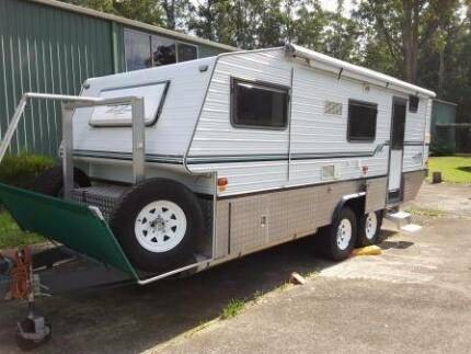 2005 Bushtracker Off Road Caravan 20' Mandalong Lake Macquarie Area Preview