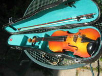 CORELLI 1/4 SIZE VIOLIN WITH HARD CASE,BOW, STRING AND CHIN REST