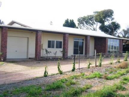 HOUSE & ORANGE ORCHARD - RIVERLAND DISTRICT Waikerie Loxton Waikerie Preview