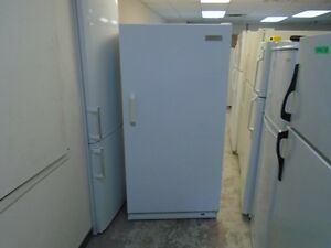 CONGELATEUR VERTICAL / UPRIGHT FREEZER