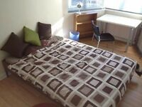 Bright Double Room in a Surbiton House share, ideal for a single professional or mature student
