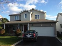 FULLY FINISHED 4 BD HOUSE IN EAST END! 523 Freeman Cr