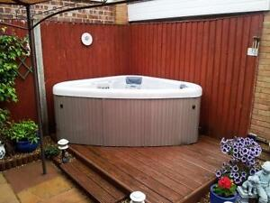 Hot Tubs to Fit Any Budget - HUGE SALE - FACTORY HOT TUBS