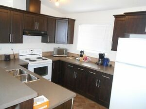 Furnished 3 Bed Upper Level in Clairmont Utilities Inc #3707