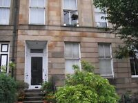 Bedsit in Strathbungo, south-side, close to city centre