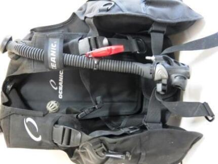 NEW OCEANIC Ocean Pro Quick-lock Large BCD Scuba Diving