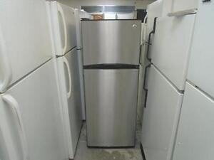 """1001312 REFRIGERATEUR INOX 23.5"""" GENERAL ELECTRIC 23.5"""" STAINLESS REFRIGERATOR"""