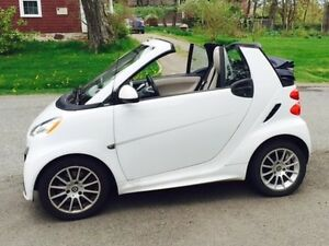 CONVERTIBLE SMART CAR for sale! Economical Fun in the Sun!
