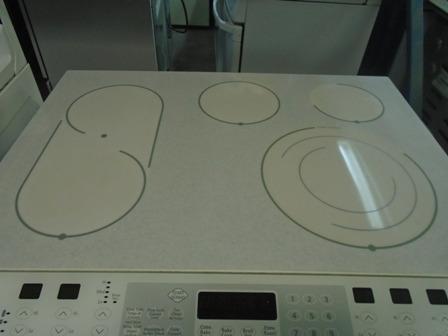 1000966 cuisiniere vitro ceramique encastrer frigidaire. Black Bedroom Furniture Sets. Home Design Ideas