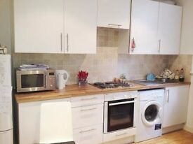 Beautiful and bright 1 bed apartment in Camden Road, Camden, N7