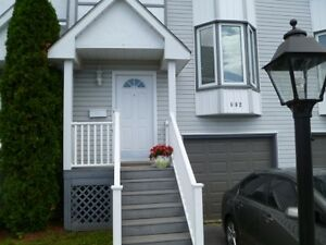 Beautiful Townhouse Conveniently Located in West End