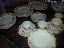 Dinner set J & G Meakin - Aintree design - Sunshine, made in Engl St Huberts Island Gosford Area Preview