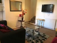 3 ROOMS AVAILABLE IN A HOUSE SHARE - BILLS INCLUDED