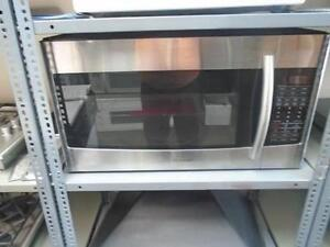 FOUR A MICRO-ONDES AVEC HOTTE INTEGREE SAMSUNG MICROWAVE / HOODE COMBINATION