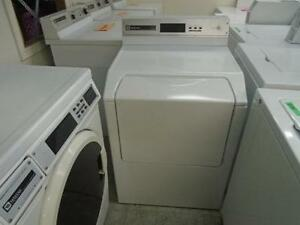 1001181 SECHEUSE COMMERCIALE INSTITUTIONNELLE MAYTAG COMMERCIAL INSTITUTIONAL DRYER
