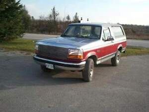 1994 Ford Bronco XLT SUV, Crossover