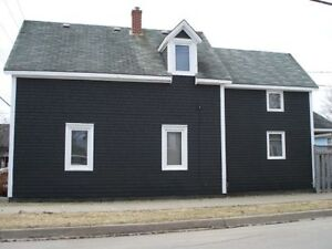 StFX Students 7 Bedroom House For Rent May 2017- 78 St Mary's St