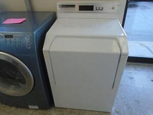 1000765 SECHEUSE INSTITUTIONNELLE COMMERCIALE MAYTAG COMMERCIAL INSTITUTIONAL DRYER