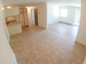 LENNOXVILLE - Immense 5 1/2 / 3 bedroom spacious