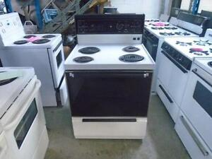 "1001323 ELECTRIC RANGE GENERAL ELECTRIC 30"" ** CUISINIERE ELECTRIQUE GENERAL ELECTRIC 30''"