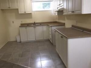 HAWKESBURY ONTARIO 3-BEDROOM APARTMENT FOR RENT