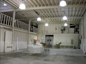 Centrally located warehouse available for short term rental
