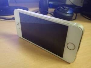 Dead iphone 5s Como South Perth Area Preview