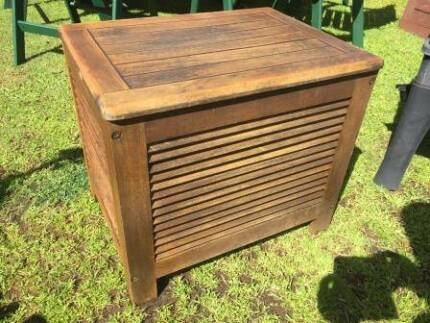 Timber Esky
