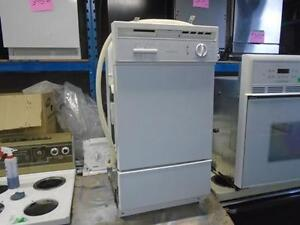 """BUILT IN18"""" DISHWASHER GENERAL ELECTRIC LAVE-VAISSELLE"""