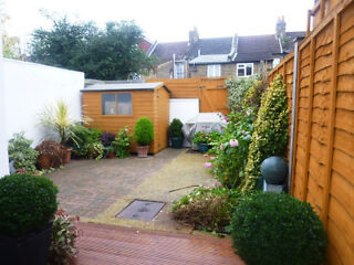FANTASIC LARGE 3 BEDROOM HOUSE EALING WITH GOOD TRANSPORT LINKS Ealing Broadway Picture 3