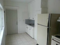 JUNE 1st - Cozy, affordable, bachelor/1bdr,5 mins. from Ottawa