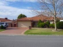 Lovely 3 Bed / 1 Bath Rental House in Ranford, Canning Vale Canning Vale Canning Area Preview