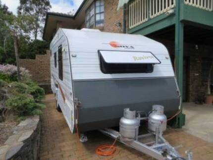 2010 Nova Revivor Ensuite Caravan with Electric Mover System Teringie Adelaide Hills Preview